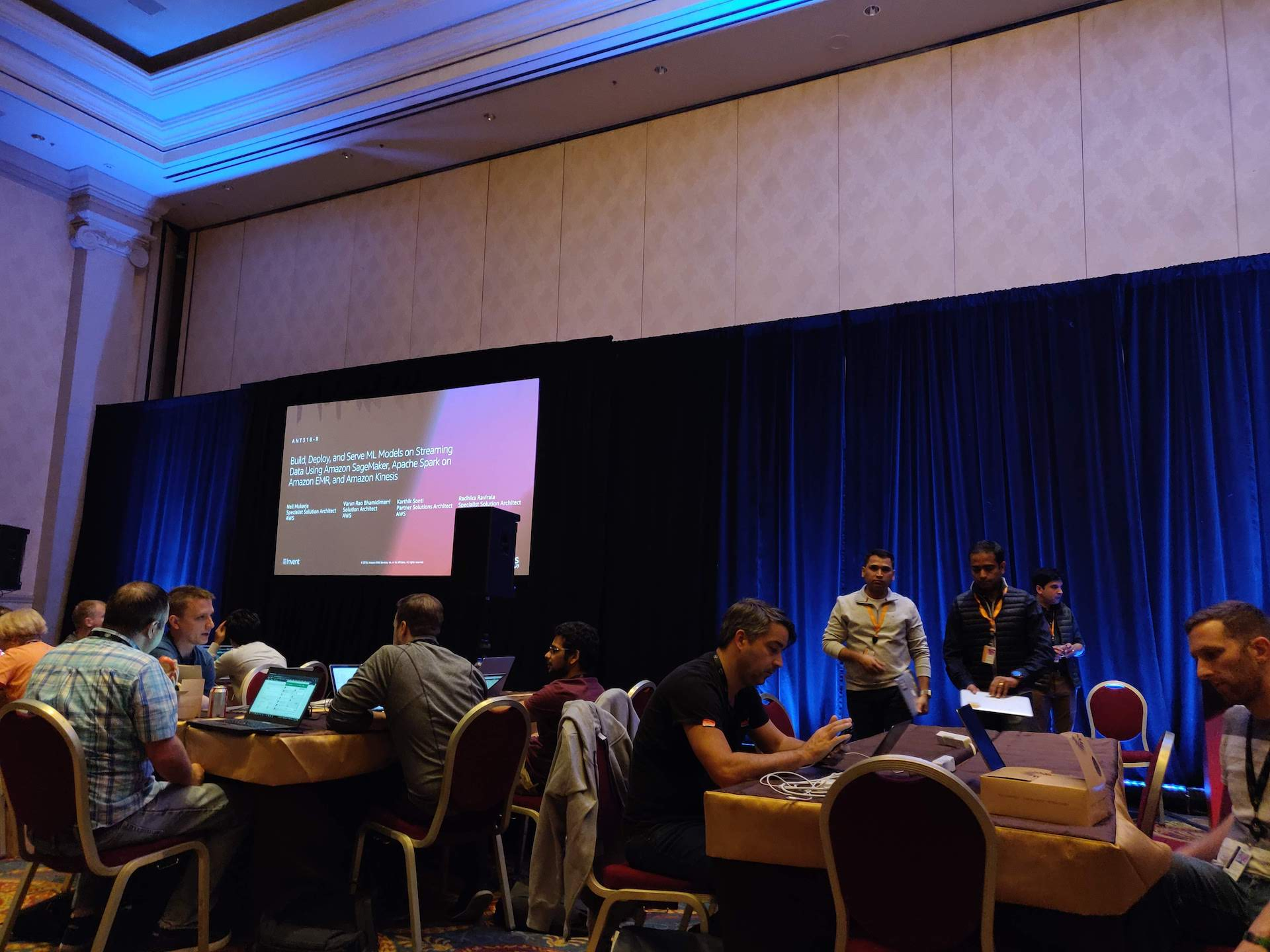 AWS re:Invent 2018 through the eyes of a first timer - /dev